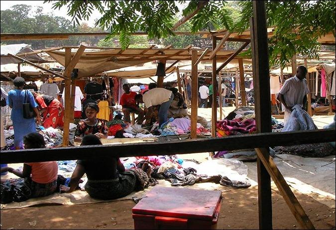 MALLilongwe_market_closeup