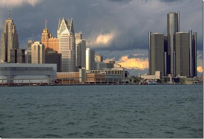USAdetroit-skyline-