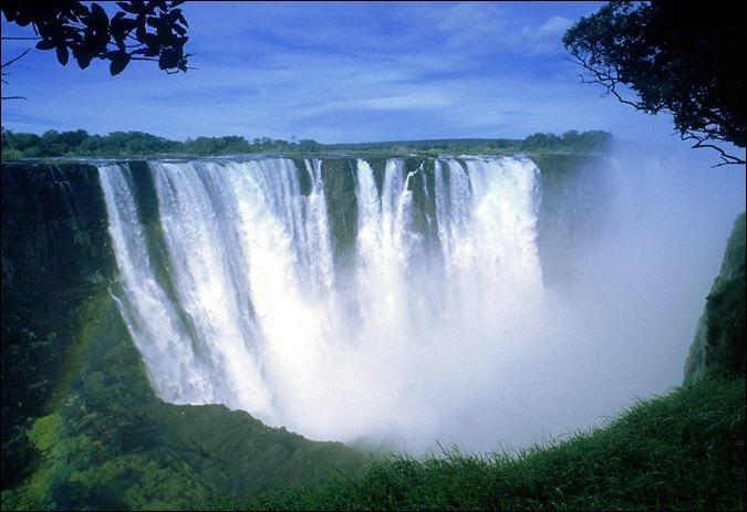ZIMB victoria-falls-zimbabwe-africa