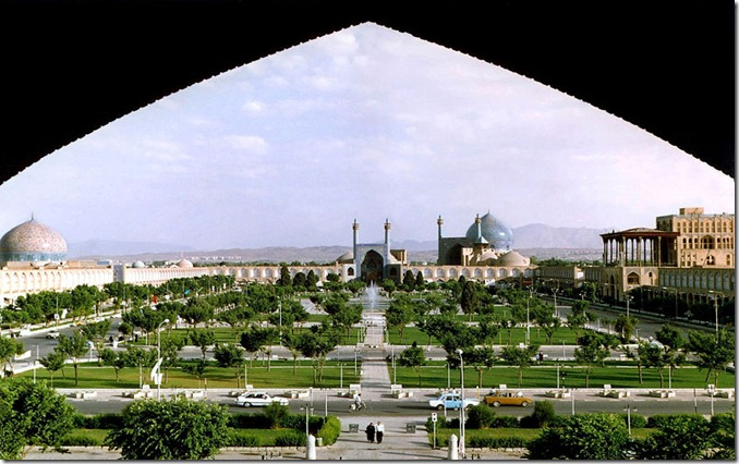 IRANNaghshe_Jahan_Square_Isfahan_modified
