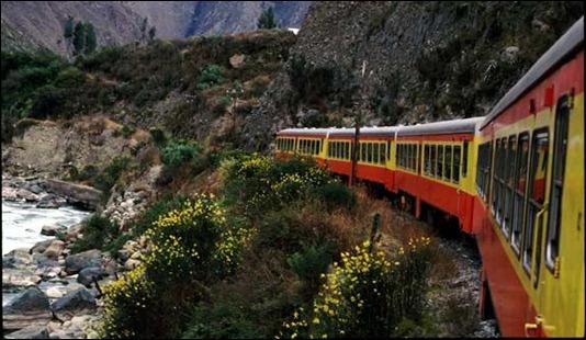 machu-picchu-train-1