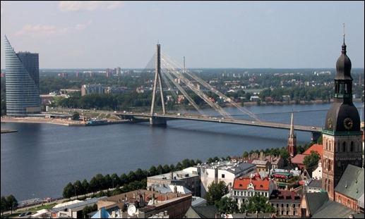 Riga_Dom_Bruecke_Daugava