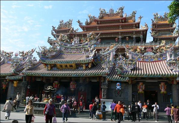 Taiwan- GuanDu_temple-Taipei-