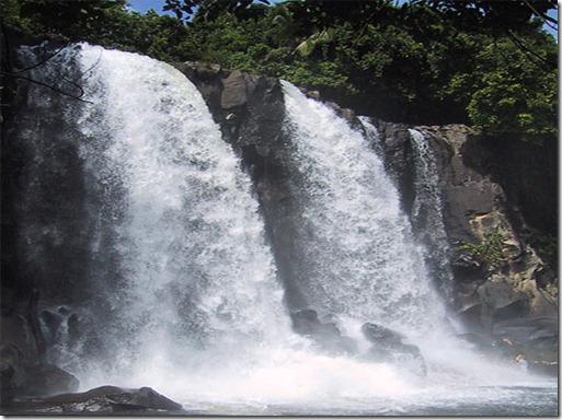 VANUATU sarasara-waterfalls