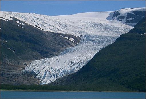 norw  Glacier_svartisen_engabreen