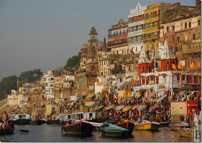 IND Varanasi or Benares - river Ganges