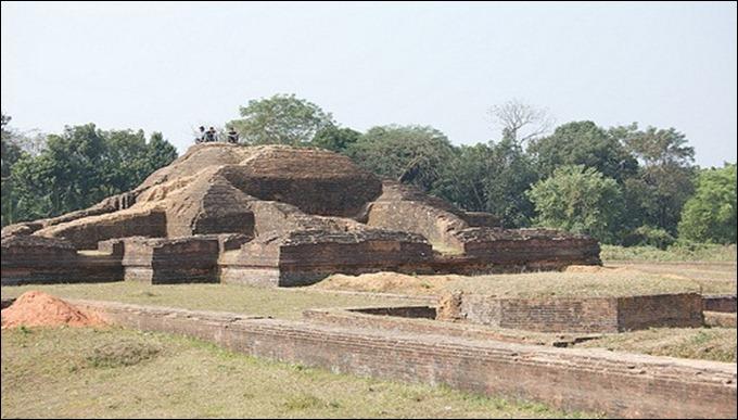 BAN Mainimati Ruins,