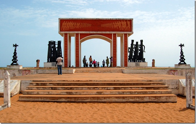 BENI The_Door_of_No_Return_in_Ouidah