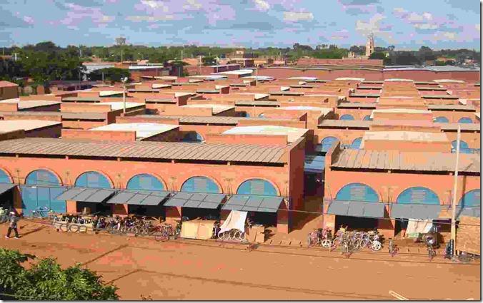 BURKKOUDOUGOU_Central_market2