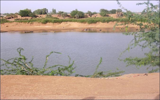 CHADChad (Ndjamena) across the river from Kousseri