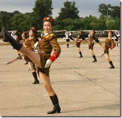 COR North-Korea-Army-Babes