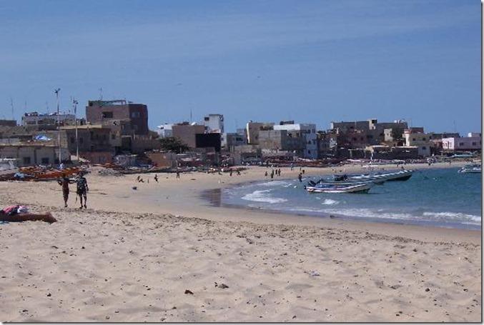SEN the-beach-in-front-of DAKAR