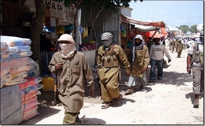 SO Armed_Al-Shabaab_fighters_patrol_Bakara_Market_in_Mogadishu,_Somalia,_Monday,_June_29,_2009