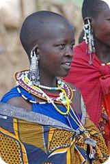 TANmaasai-woman-tanzania-africa