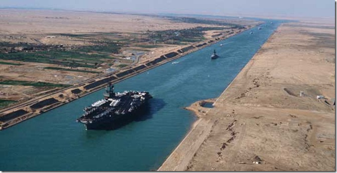 EG suez-canal-with-carrier