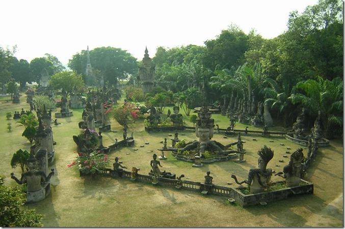 LA buddha_park_vientiane