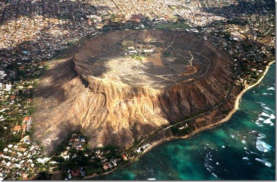 Diamond-Head-volcanic-crater
