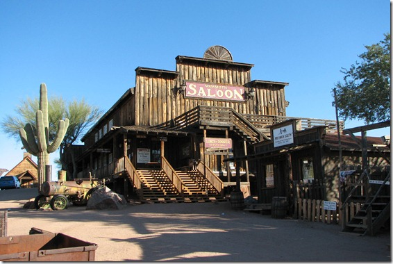 Goldfield_Ghost_Town_02