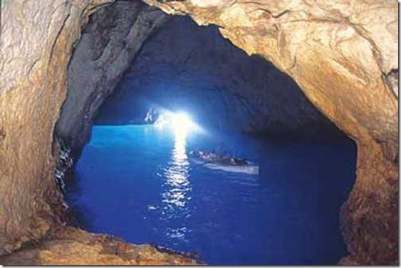 capri_gruta-azul