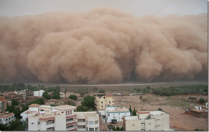 SUD Haboob_over_the_Nile_1