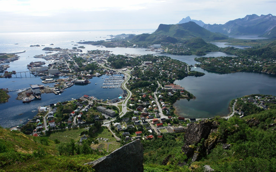 Svolvær_from_Svolværgeita photo by stefan in Panoramio